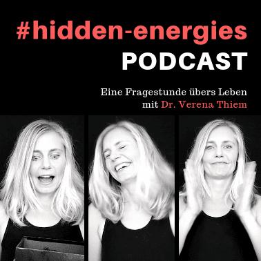 Dr. Verena Thiem in ihrem Podcast als Business Coach